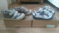 Кожаные кроссовки ботинки D. D. Step 25 размер для двойни близнецов