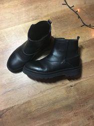 Стильные кожаные ботинки для мальчика-подростка Zara 38 размер 24, 5 см