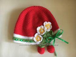 Невероятно красивая шапочка с клубничками
