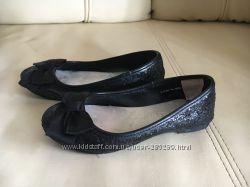 Черные балетки Crazy8 18cv