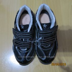 Нові кросівки SWISSIES 26р