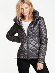 Легкие курточки от Victoria&acutes Secret в ассортименте