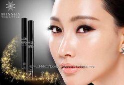 Яркие, выразительные глаза с тушью The Style 4D Mascara