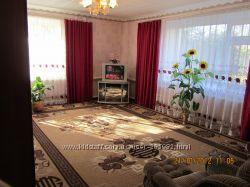 Продам 3х-кімнатну квартиру смт Олександрівка,