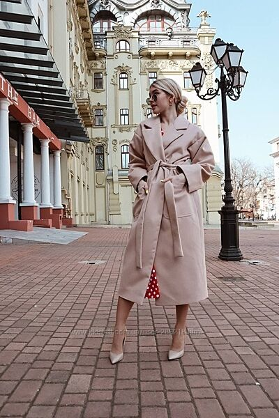 Потрясающее пальто, все цвета