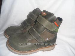 новая зимняя обувь фирмы беби том производства турции