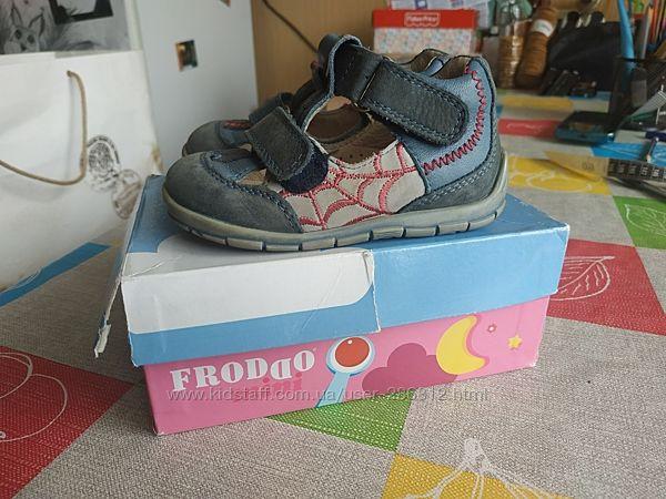 Туфли кожа 20 р фирма Froddo
