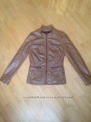 Куртка-кожзам фирма- Остин