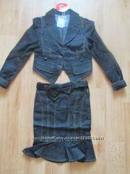 Новый костюм пиджак с юбкой р. 122
