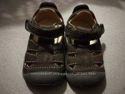 Кожаные детские сандалии Stride Rite