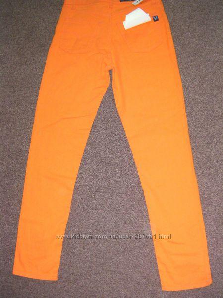 Новые джинсы  VENTURA