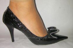 Новые туфли DUMOND  р. 41
