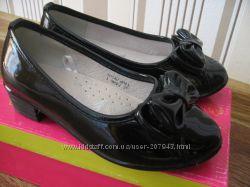 Лакированые туфельки  ARIAL