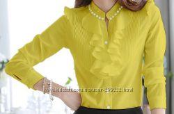 Красивая нарядная блузка