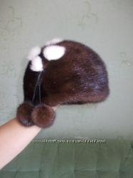 Норковая шапка коричнево-шоколадного цвета