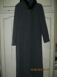 Длинное демисезонное пальто