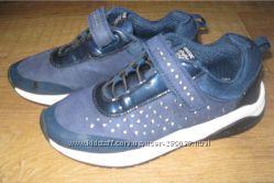 Красивые кроссовки Geox, размер 34 стелька 21-21, 5
