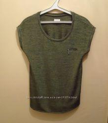 Шикарная футболка размер М