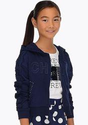 Продам темно-синюю кофту с капюшоном Mayoral на рост 128 и 140 см