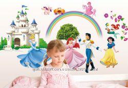 Интерьерная наклейка с принцессами в детскую
