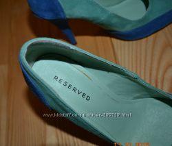 Нові туфлі RESERVED