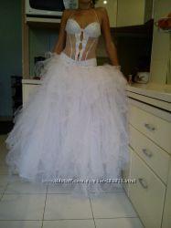 Суперское гламурное свадебное платье. Пересылка за мой счет. Цена Снижена.