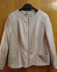 Стильная куртка-пиджак 48 размер
