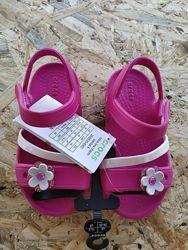 Яркие босоножки крокс для девочки размеры c9 c10 с11 c12 j3