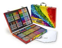 Творческий набор  от Crayola на 140 предметов