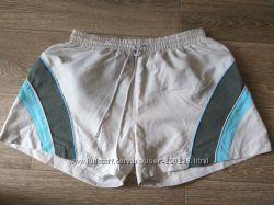 Летние легкие шорты в отличном состоянии